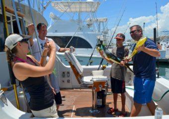 sport_fishing_gal_2_cn